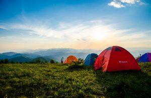 Pourquoi le camping attire de plus en plus les Français ?