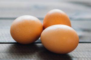 Le shampoing aux œufs, un regain de santé pour vos cheveux