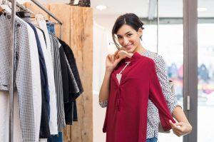 Comment ranger les vêtements dans son magasin de prêt-à-porter ?